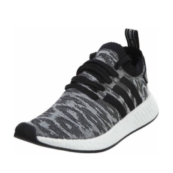 premium selection 8e08e 82235 Adidas NMD R2 PRIMEKNIT SHOES | Sz 8